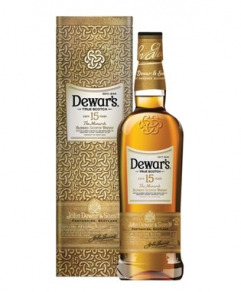 Dewar's 15 Years Old Blended Scotch Whisky (75 cl)